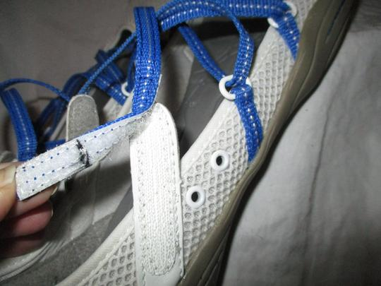 J-41 Barefoot Mesh Light Weight white & blue Athletic Image 7