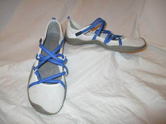 J-41 Barefoot Mesh Light Weight white & blue Athletic Image 9