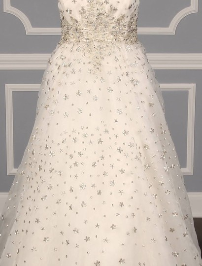 St. Pucchi Ivory/Silver Silk Organza W/Embroidery and Beadwork Cassandra Z234 Formal Wedding Dress Size 6 (S) Image 3