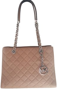 Michael Kors Quilted Leather Chain Tote in Nude/blush