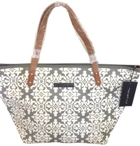 Petunia Pickle Bottom Tote in White/Light Grey Pattern