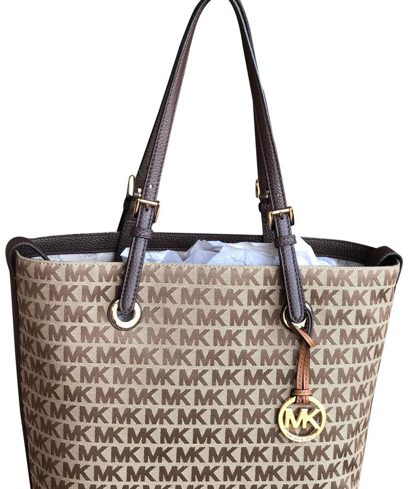 a8fdc1a864b578 Michael Kors Jet Set Grab Signature Mk Logo Brown/ Baige Jacquard / Leather  Tote