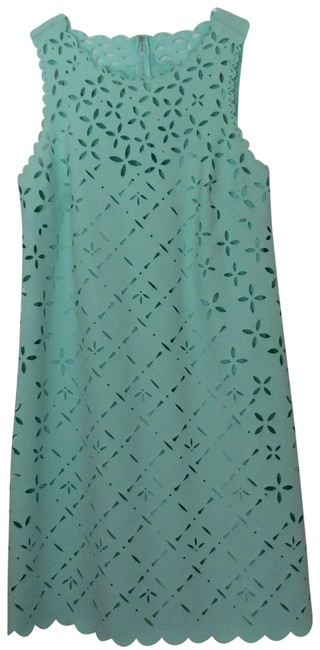 Item - Very Light Green Perforated Mid-length Cocktail Dress Size Petite 2 (XS)