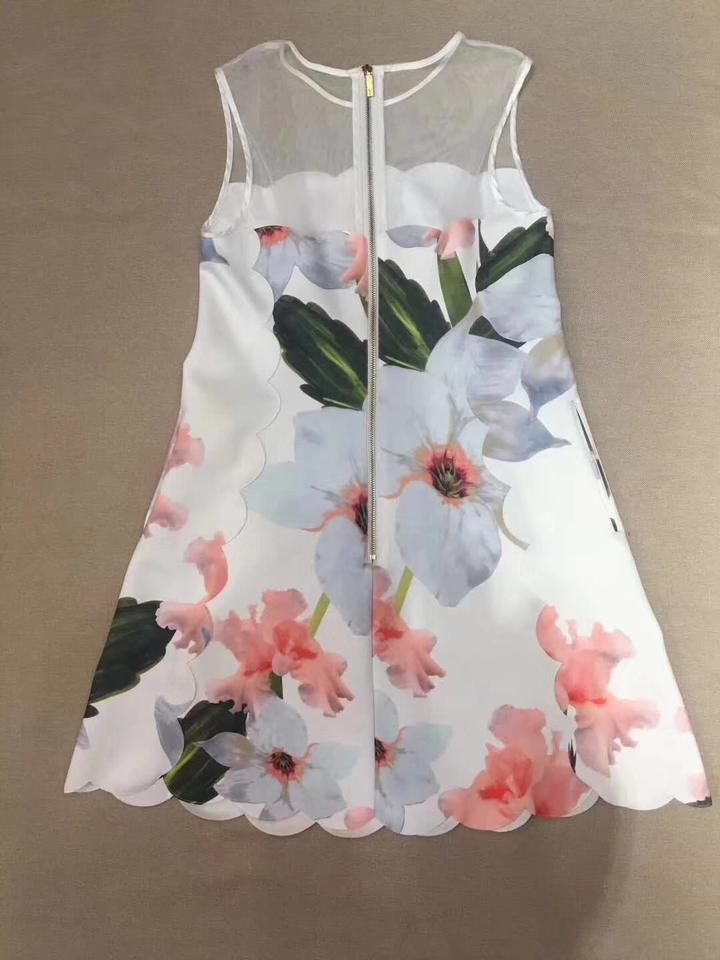 879eddaeb69 Ted Baker Summer Floral A-line Scalloped Tunic Dress Image 8. 123456789
