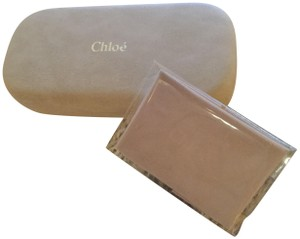 6673c8fa7b35 Chloé CHLOE Authentic   New beige clam shell eyeglass case w  cleaning cloth