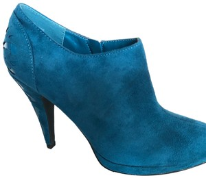 Impo Suede Cut-out Peacock Blue Boots