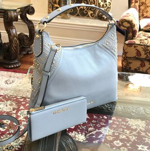 Michael Kors 2pcs Aria Medium Studded Handbag+wallet Set Pale Blue Leather Shoulder Bag