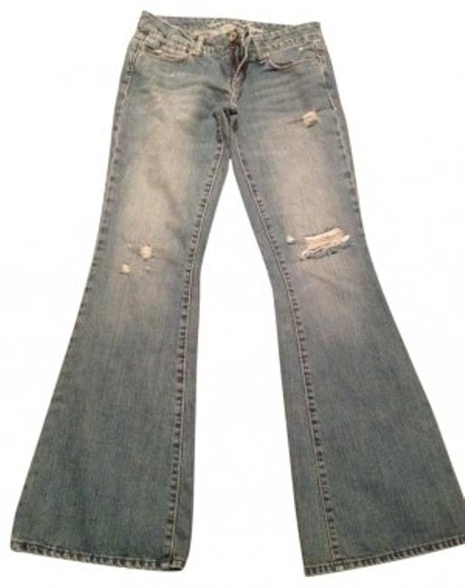 Preload https://img-static.tradesy.com/item/23192/american-eagle-outfitters-blue-medium-wash-flare-leg-jeans-size-27-4-s-0-0-650-650.jpg