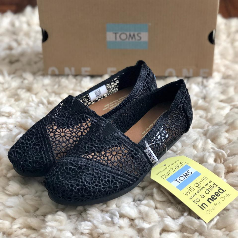 d667e5fcb9c TOMS Black Classic Moroccan Crochet Slip-on Flats Size US 6 Regular ...