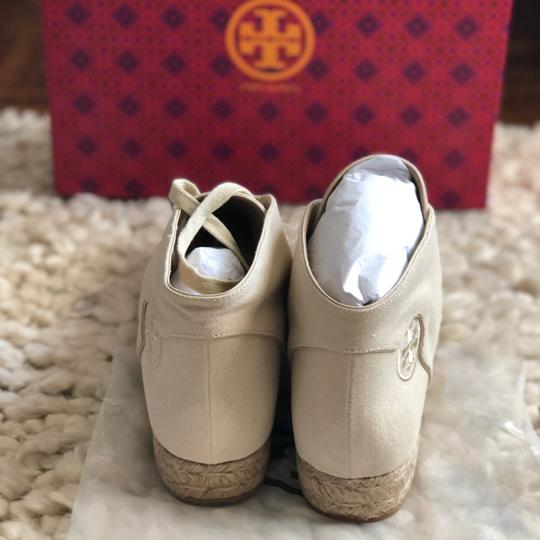 Tory Burch cream Flats Image 8
