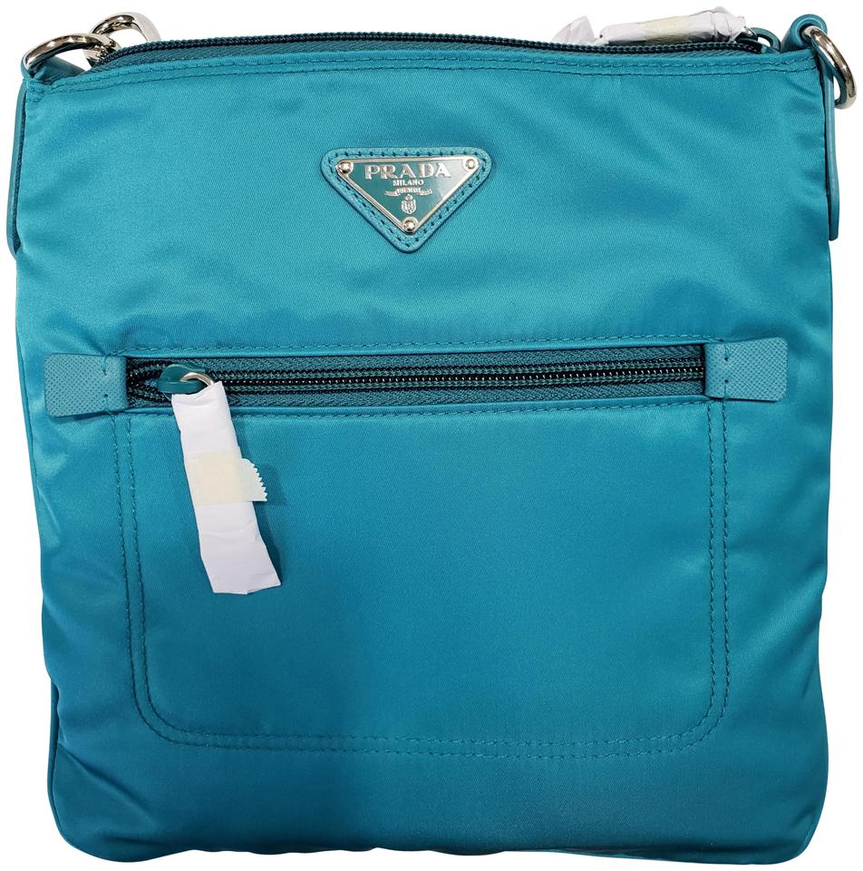 79b1cb4fcb64 Prada Bandoliera Tessuto Zip Top Turquoise Blue Turchese Nylon Cross Body  Bag