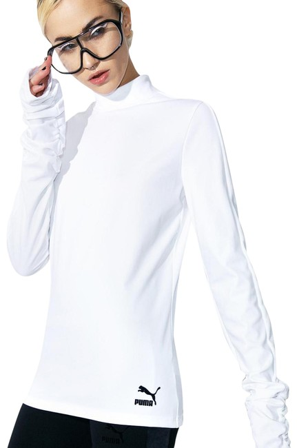 Item - Wht/ Light Ivory Color Elongated Activewear Top Size 6 (S)