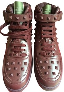 Valentino Rubber Pyramid Studs Lace Up Rubin Red Wine Athletic