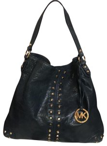 610ea26adf11 Michael Kors Astor - Up to 90% off at Tradesy