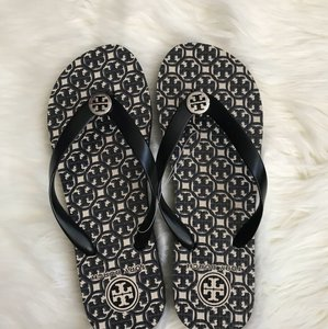 3024f81ca Tory Burch Sandals on Sale - Up to 70% off at Tradesy (Page 35)