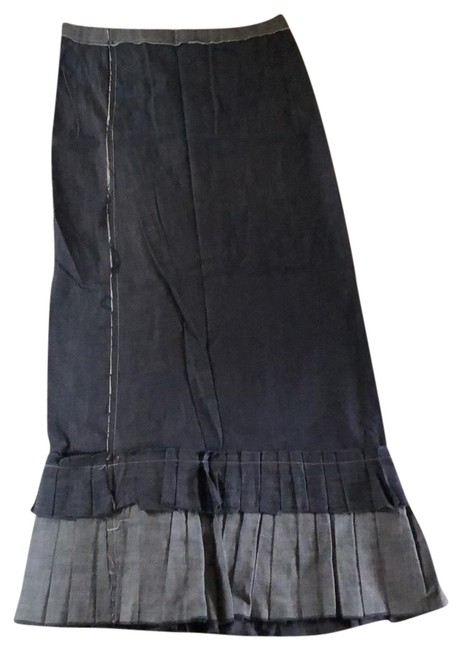 Preload https://img-static.tradesy.com/item/23197702/dkny-denim-pure-maxi-skirt-size-6-s-28-0-1-650-650.jpg