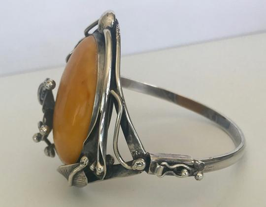 DESIGNER LARGE VINTAGE BANANA AMBER STERLING SILVER HINGED BRACELET CUFF BANGLE Image 3