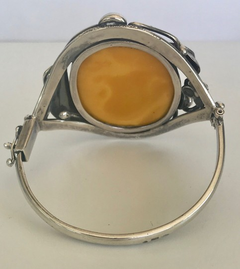 DESIGNER LARGE VINTAGE BANANA AMBER STERLING SILVER HINGED BRACELET CUFF BANGLE Image 5