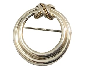 Tiffany & Co. Tiffany & Co. - Round 18k Rope Brooch - Silver