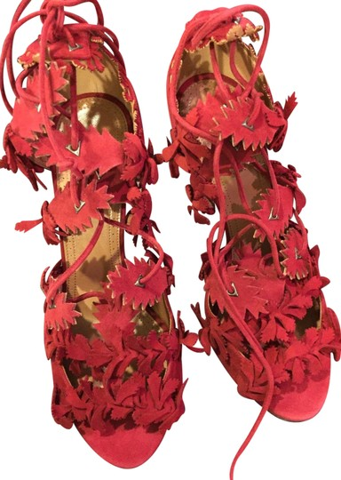 Preload https://img-static.tradesy.com/item/23199080/alaia-red-lace-up-laser-cut-suede-bootie-sandals-size-us-75-regular-m-b-0-1-540-540.jpg