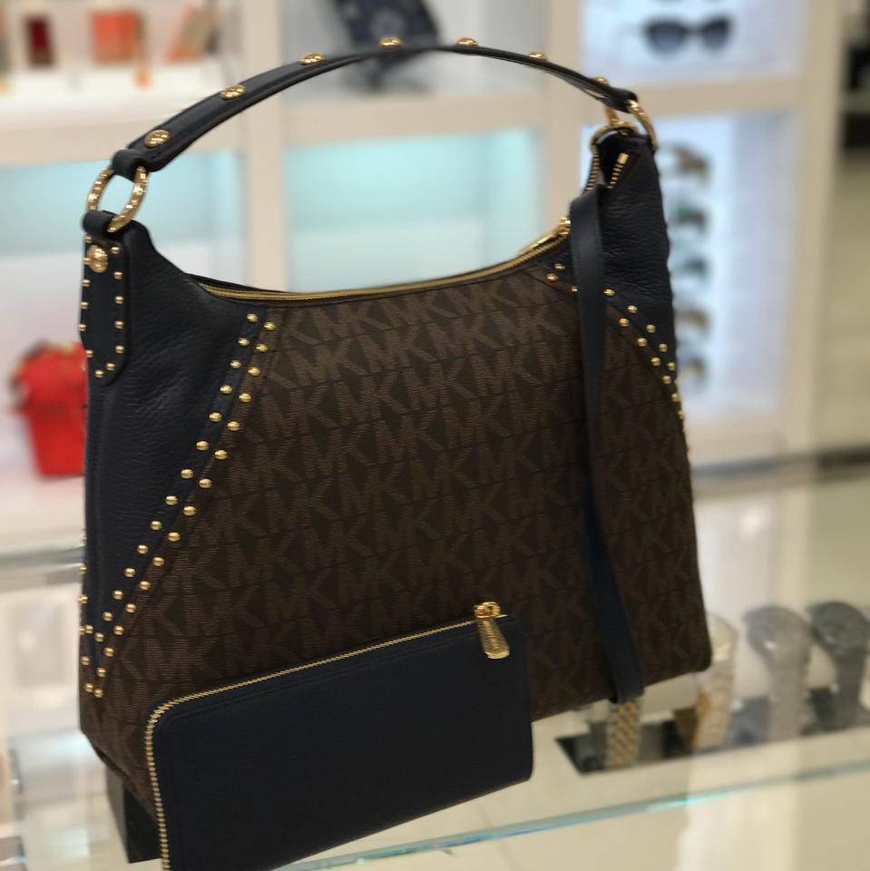 f5f306e615a0ce Michael Kors Aria Studded Signature Md Tz Shoulder/Crossbody with Wallet  Set Brown/Navy Pvc and Pebble Leather Hobo Bag - Tradesy