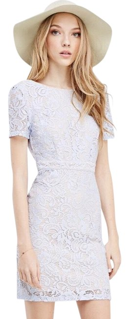 Preload https://img-static.tradesy.com/item/23199546/forever-21-floral-lace-short-casual-dress-size-6-s-0-1-650-650.jpg
