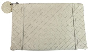 Bottega Veneta Intrecciomirage Leather White Clutch