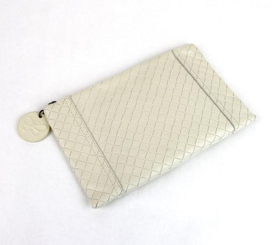 Bottega Veneta Intrecciomirage Leather White Clutch Image 1
