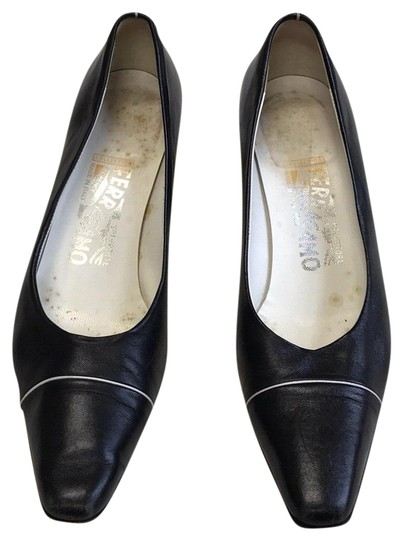 Preload https://img-static.tradesy.com/item/23201258/salvatore-ferragamo-collection-pumps-size-us-75-narrow-aa-n-0-1-540-540.jpg