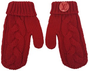 Louis Vuitton Red Louis Vuitton wool Contance mittens