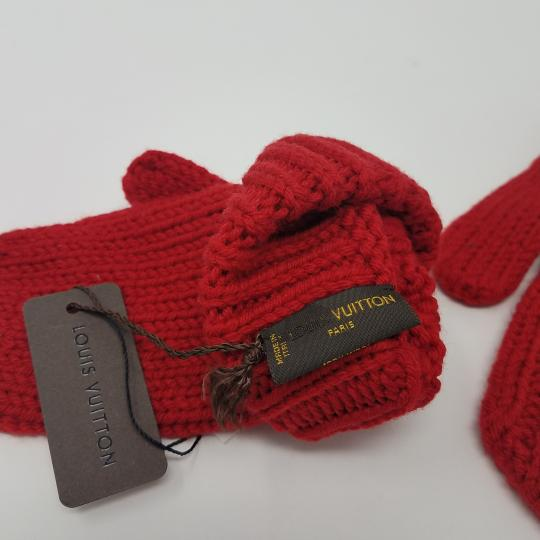 Louis Vuitton Red Louis Vuitton wool Contance mittens Image 6