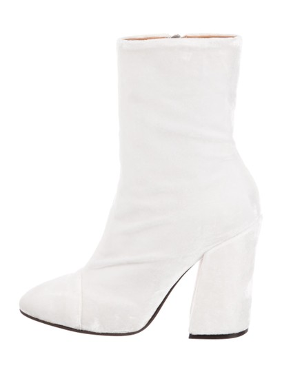 Preload https://img-static.tradesy.com/item/23202028/dries-van-noten-white-ivory-new-velvet-block-heel-ankle-italy-bootsbooties-size-us-7-regular-m-b-0-0-540-540.jpg