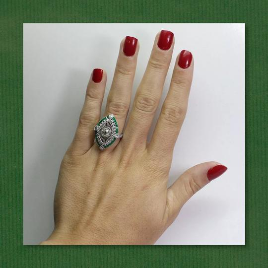 Other New 925 Silver Emerald Green and White Sapphire Ring Image 1