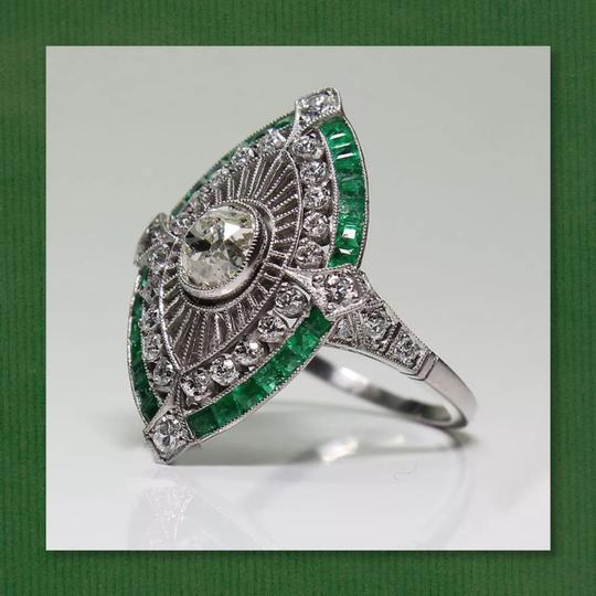 Other New 925 Silver Emerald Green and White Sapphire Ring Image 3