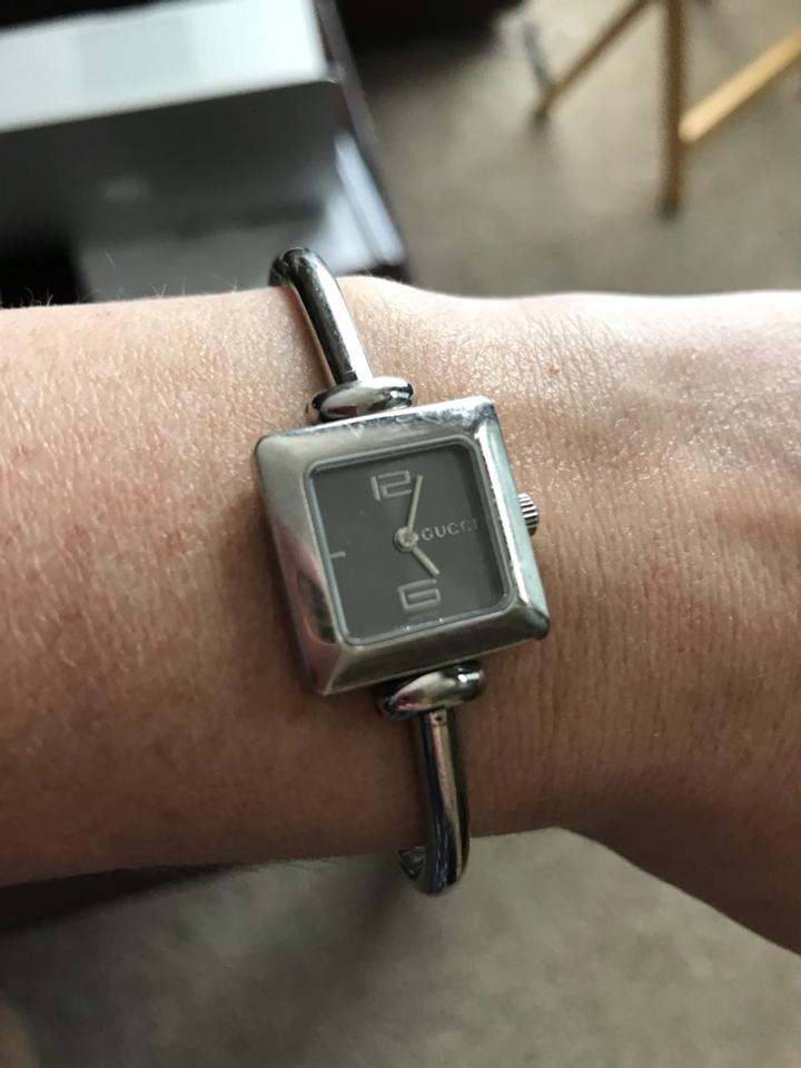 e98fb391c98 Gucci Authentic vintage Gucci 1900L stainless steel watch. Image 4. 12345