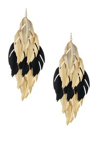 Bansri Bansri Sarah Oversized Leaf Earrings