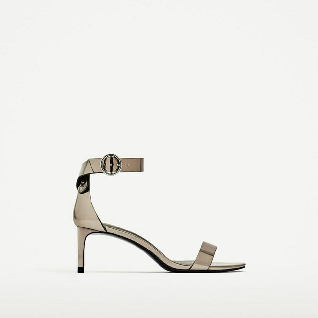Item - Silver With Buckle (3624) Sandals Size US 9 Regular (M, B)
