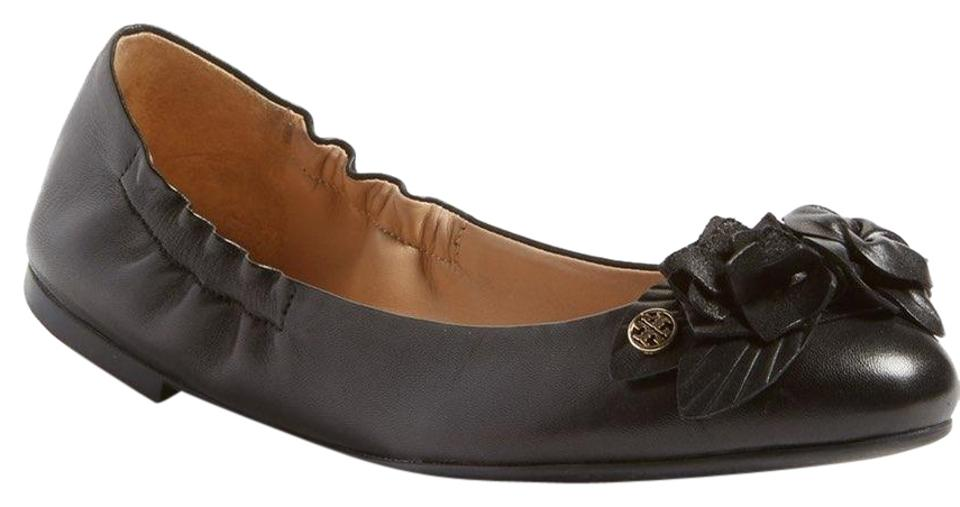 45bde834acb7 Tory Burch Black Blossom Flowers Leather Gold Reva Ballet Flats. Size  US 8  ...