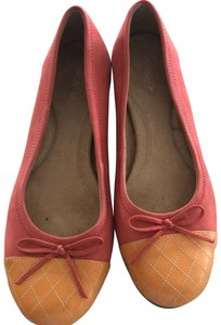 Aerosoles coral suede with orange leather toe Flats