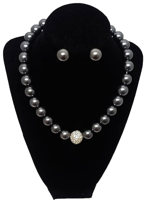"""Item - Gray 15"""" and Rhinestone Beaded and Earring Gift Set Necklace"""