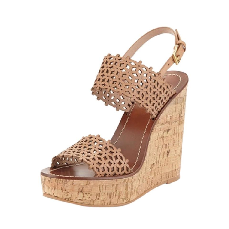 ab865e4b4a39 Tory Burch Beige New Daisy Floral Perforated Sandal Natural Blush Wedges