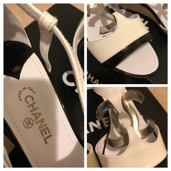 Chanel Black & White Sandals Heel with Large Little Silver Tone Logo Wedges Size EU 38.5 (Approx. US 8.5) Regular (M, B) Chanel Black & White Sandals Heel with Large Little Silver Tone Logo Wedges Size EU 38.5 (Approx. US 8.5) Regular (M, B) Image 7