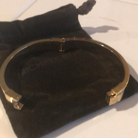 Michael Kors Michael Kors gold tone bangle