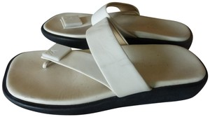 Louis Vuitton OFF-WHITE LEATHER STRAP & BLACK RUBBER-JELLY SOLE Flats