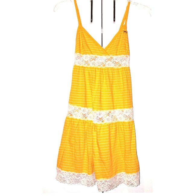Preload https://img-static.tradesy.com/item/23208993/pink-yellow-and-white-babydoll-nighty-university-of-line-collection-rare-lesale-romperjumpsuit-0-2-650-650.jpg