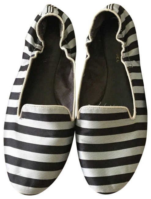 Item - Brown and White Loafers Stripe Slippers Sandals Size US 8 Regular (M, B)