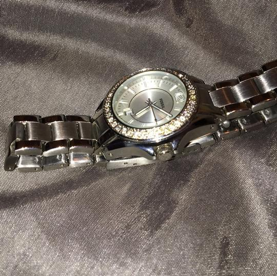 Fossil Women's Fossil stainless steel watch. NEEDS BATTERY!!!!! Other than that works just fine. Prices are negotiable Image 10