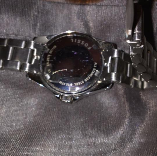 Fossil Women's Fossil stainless steel watch. NEEDS BATTERY!!!!! Other than that works just fine. Prices are negotiable Image 5
