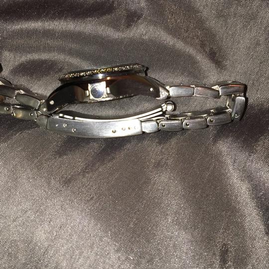 Fossil Women's Fossil stainless steel watch. NEEDS BATTERY!!!!! Other than that works just fine. Prices are negotiable Image 9