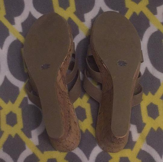 Old Navy taupe Wedges Image 4